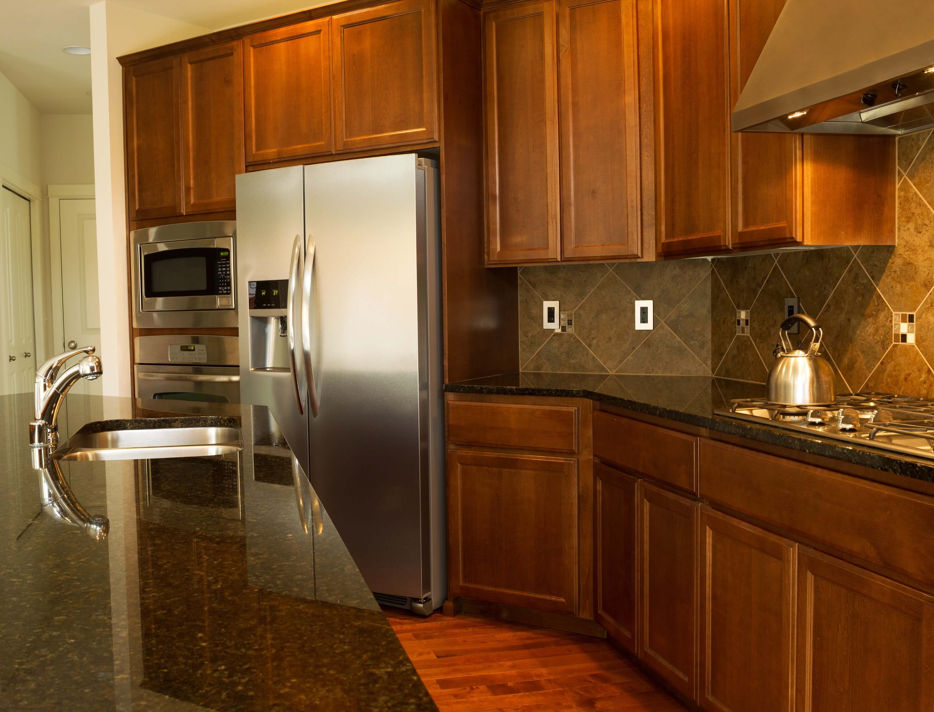 3 Reasons You Need New Kitchen Cabinets